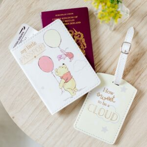 Disney Winnie The Pooh Passport Holder & Luggage Tag
